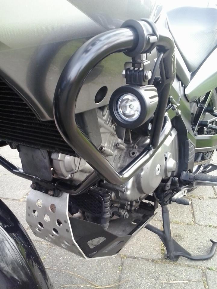 Verbazingwekkend Led verstralers breedstralers op motor | 12V | 4SKY LIGHTS | YG-85
