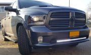 Montage van een gebogen ledbar op een Dodge Pickup