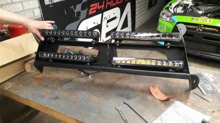 Ledbar SK1205S gemonteerd voor rallywagen