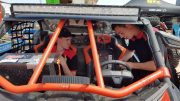 Led light bar op dak van buggy